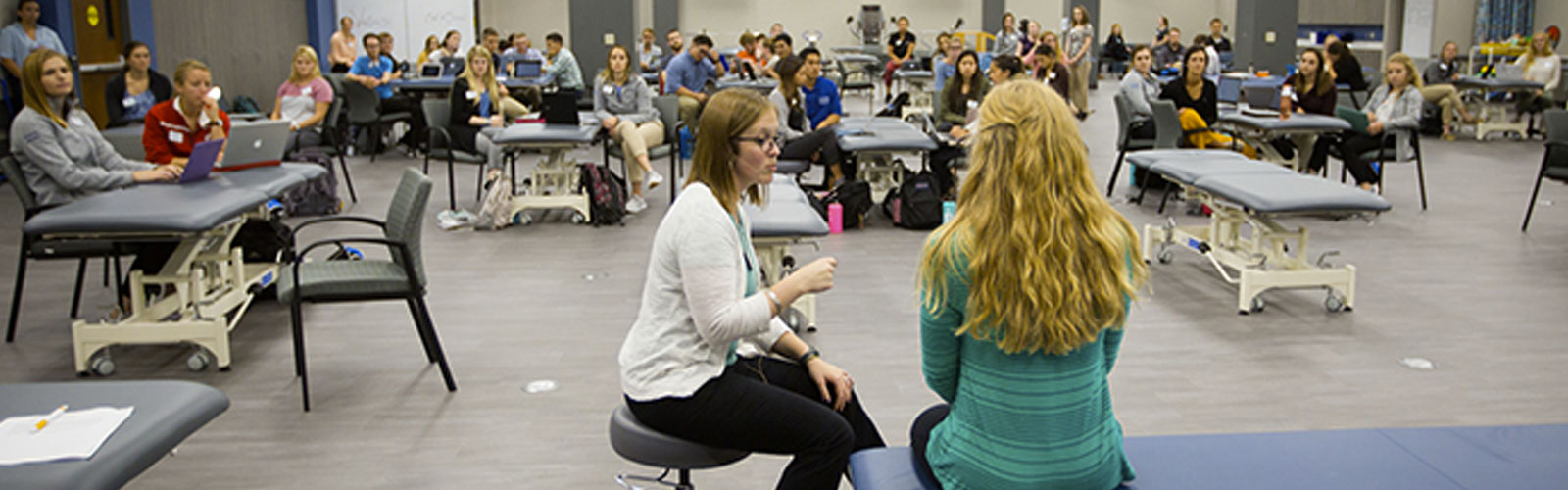 group of students for the nations first doctor of physical therapy program